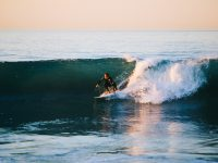 Tips from professionals for newbie surfers